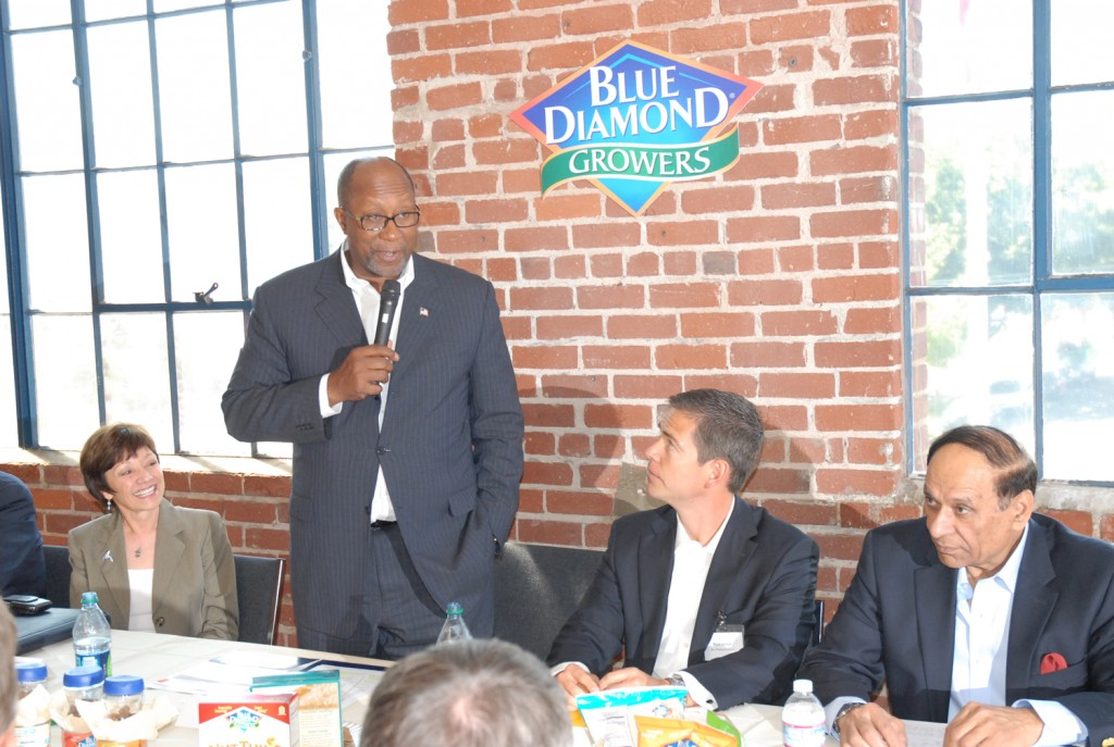 Amabassador Ron Kirk, U.S. Trade Representative, at Blue Diamond Sacramento Facility