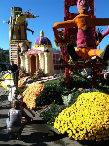 """The Cal Poly Rose Parade float """"Cal Poly Universities to the Rescue!"""""""
