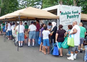line-mobile-food-pantry-FBST