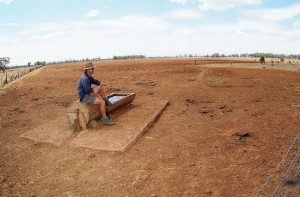 Drought-parched Australian farmland in 2006