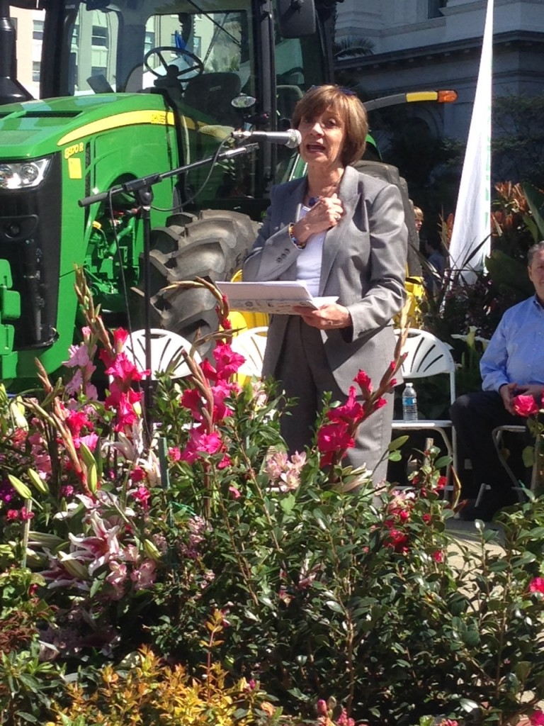 """Secretary Ross today at #CalAgDay, """"Thank you not only to the farmers and ranchers, but also to all of the hand and hearts and minds that touch the food that comes to our table. """""""