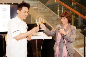 Secretary Ross with Chef Edward Kwon at the Taste of California Event in Seoul, South Korea.